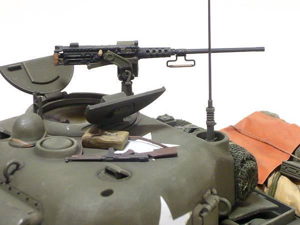 M4-4.jpg