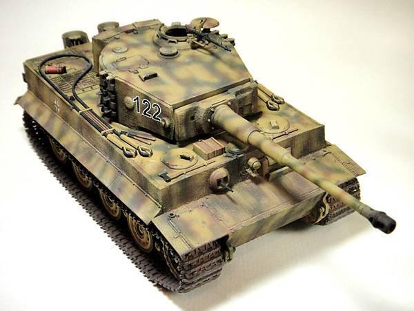 Tiger I-2.jpg