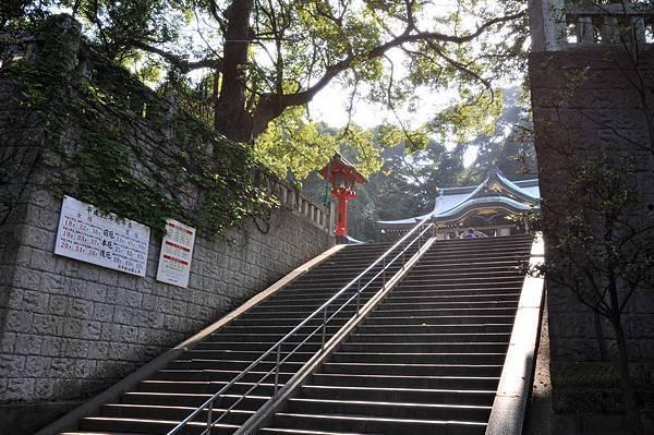 邊津宮前階段