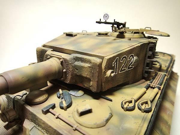 Tiger I-4.jpg