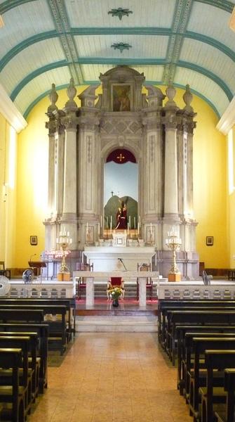聖奧斯定教堂內部.jpg