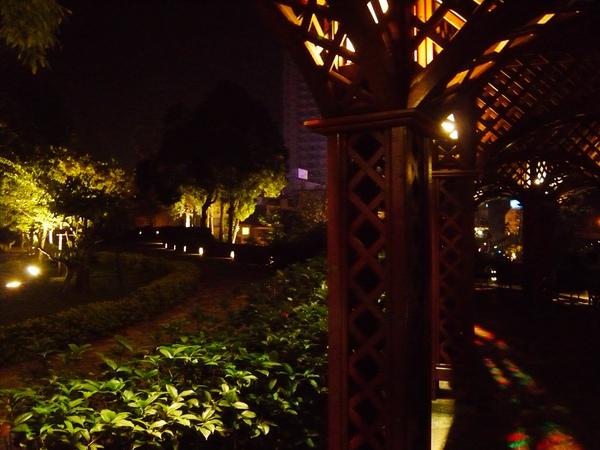 老街區夜遊-1.jpg