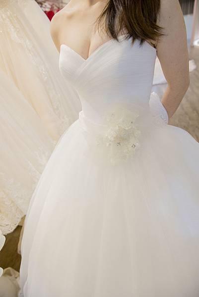 台南婚紗工作室:手工白紗推薦