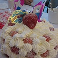 超香的草莓蛋糕,很好吃