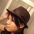新買的帽子 在公館買的