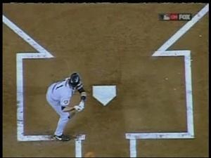2001 World Series Game 2.avi_001369960.jpg
