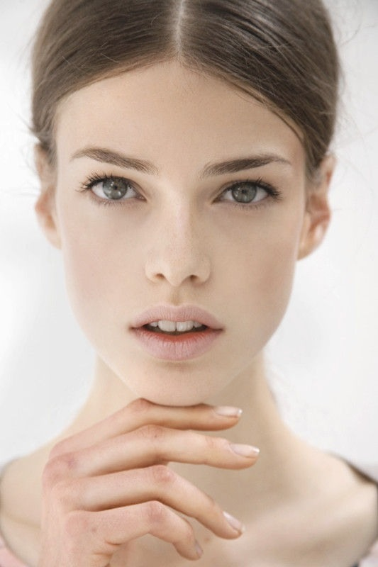 極緻醫美診所 隆鼻 卡麥拉 雙眼皮  杏仁酸 淨膚雷射  推薦