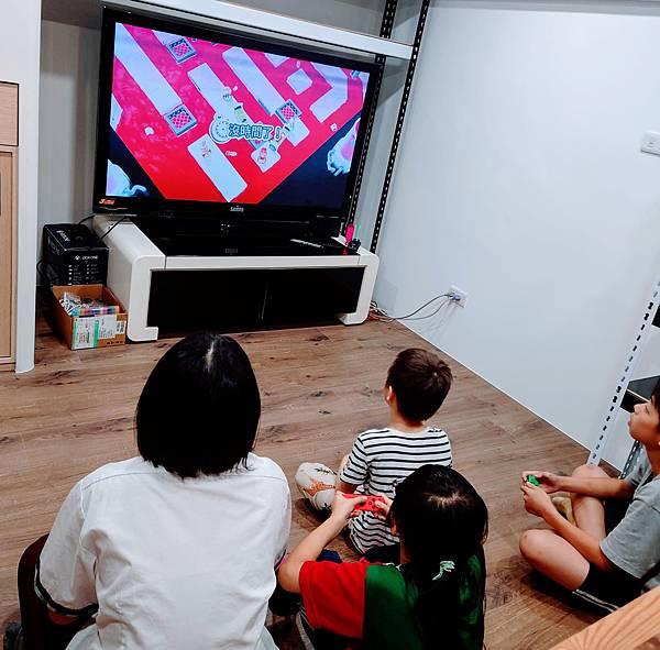 台中21號店AcoMo- 遊戲專區2F