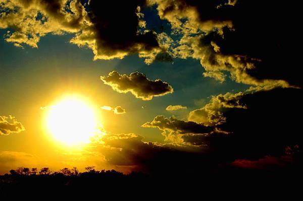 Sun_Rise_Sun_Set_by_FilmThis.jpg