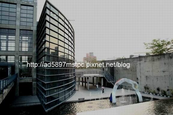 親水設施2.JPG