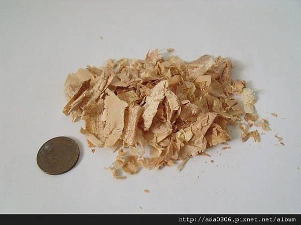 CILI 原味細薄片松木屑(MJ 低粉塵木屑(粗挽))內容物