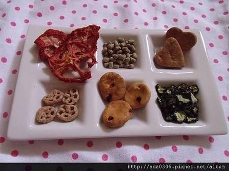 DAISO大創六格食物盤
