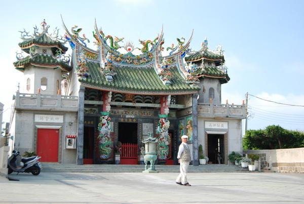 二崁聚落旁也有廟宇