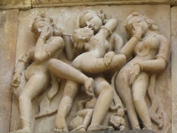 世界文化遺產(卡朱拉侯最常見的封面)