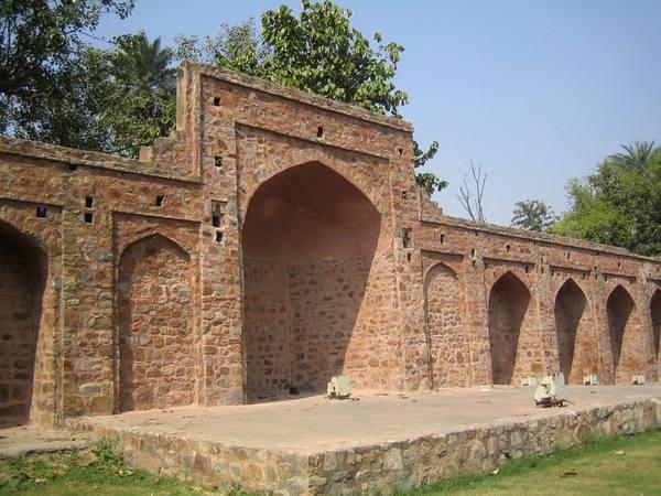 尼薩姆丁清真寺
