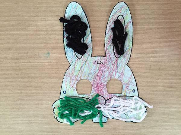 98_2015-11-04_兔子面具