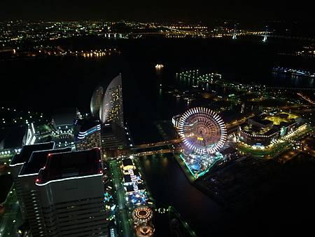 也登上了Landmark Tower上面看整個橫濱夜景
