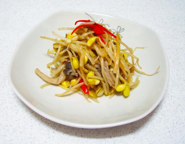 「有機黃豆芽拌炒秀珍菇 太平洋」的圖片搜尋結果