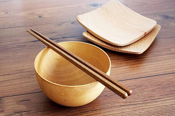 linkife-namu-wood-chopsticks.jpg