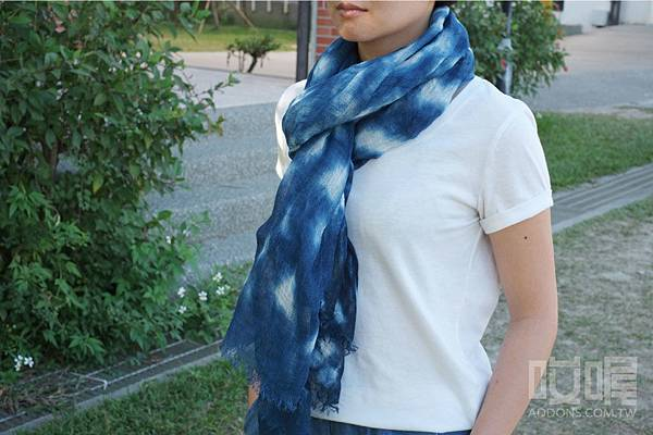 indigo-dyeing-scarf-6.jpg