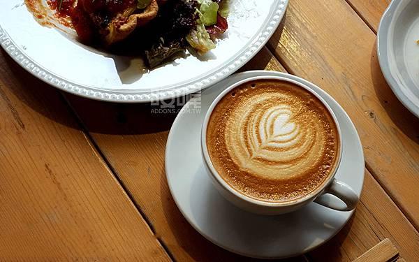 ipa-latte-cups-09.jpg