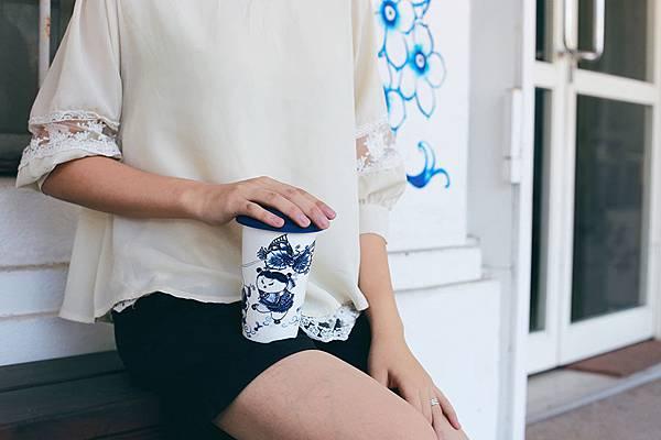lili-yang-latte-tumbler-05.jpg