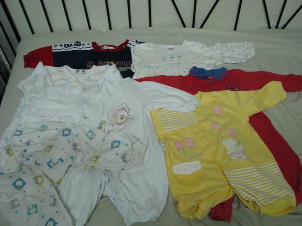 二手童衣H組(6-12M)保留給小章魚的媽.JPG