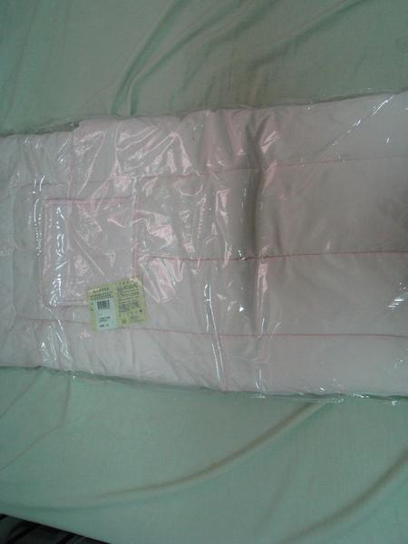 (o)九成新彌月禮粉紅豬包巾(圖二)