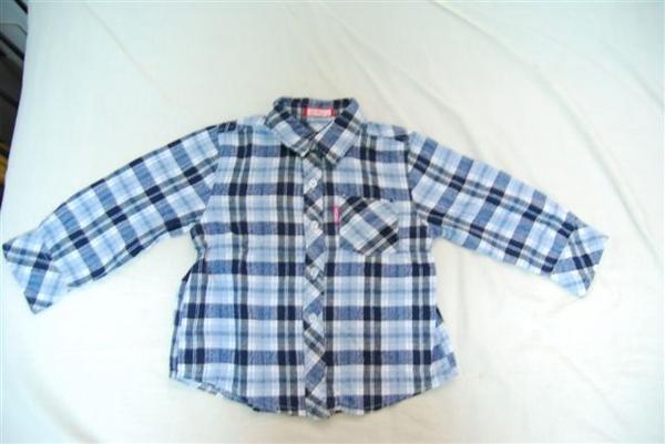 格子襯衫(30元)