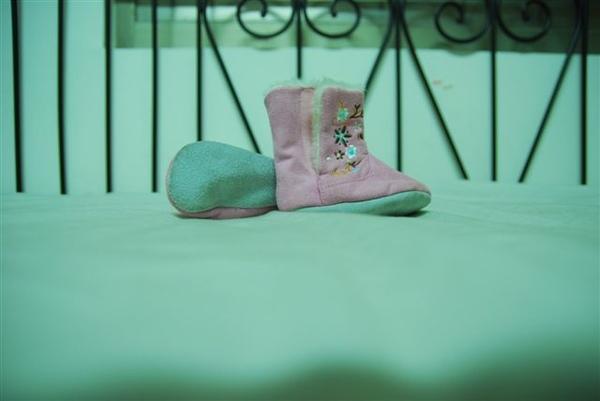 (o)二手粉色鞋,圖一,售100