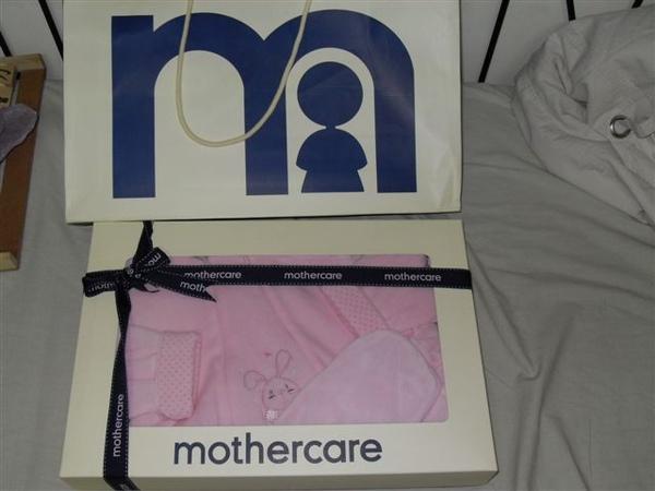 (n)寶寶衣~全新mothercare禮盒(圖一)