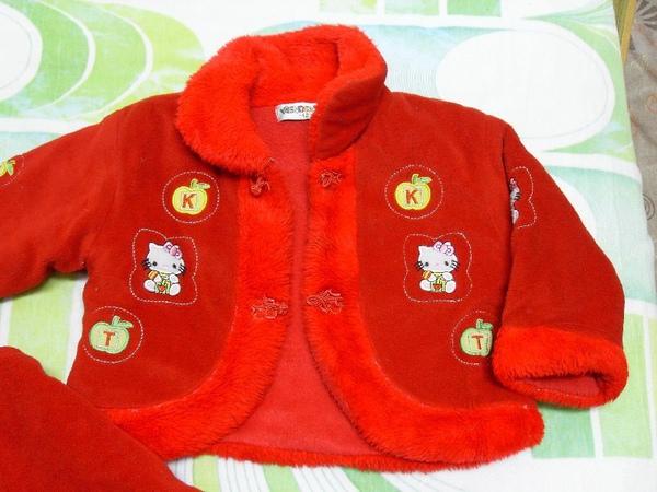 (o)二手紅色鋪棉女童套裝(圖二)