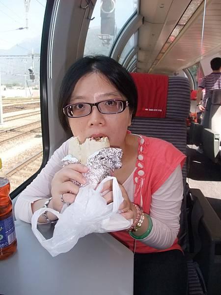 火車上享用午餐