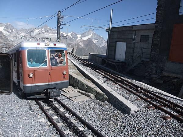哥納格拉山火車