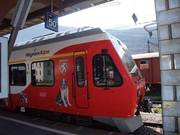 聖伯納犬列車1
