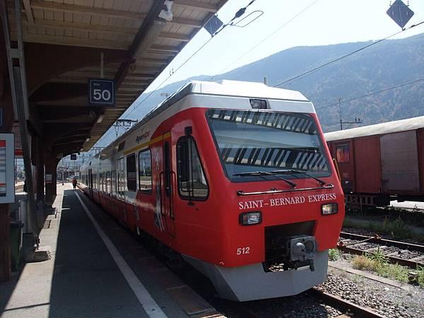 聖伯納犬列車2