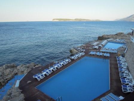 飯店內泳池