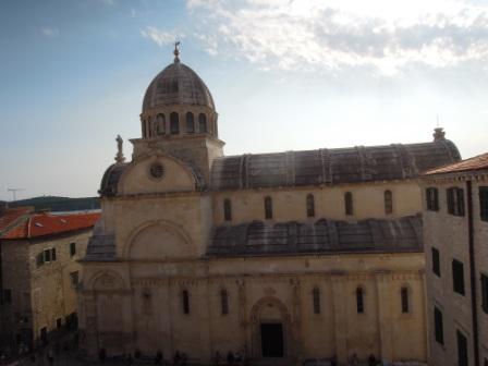 從至高點拍攝教堂1