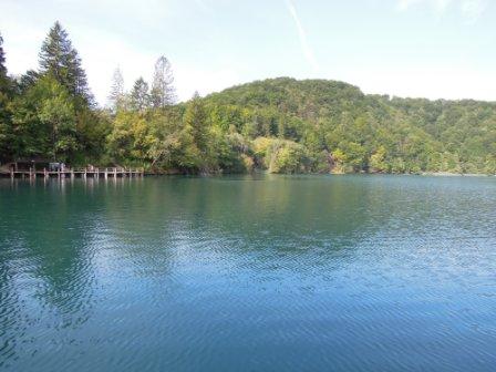 十六湖之上湖區美景
