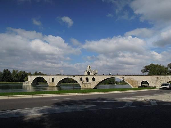 亞維農-聖貝內澤橋