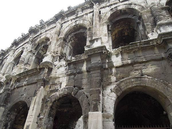 尼姆-羅馬競技場
