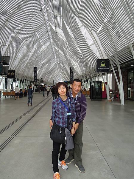蒙貝利爺車站