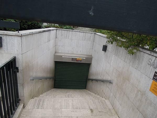 休息中的公廁 (2).JPG