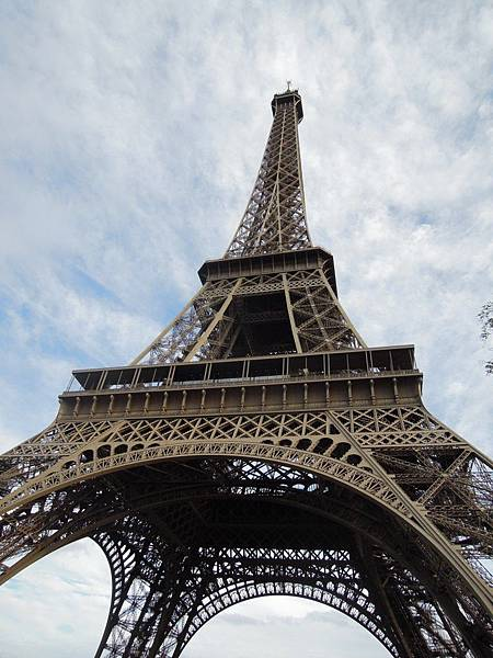 艾菲爾鐵塔的另一面.JPG