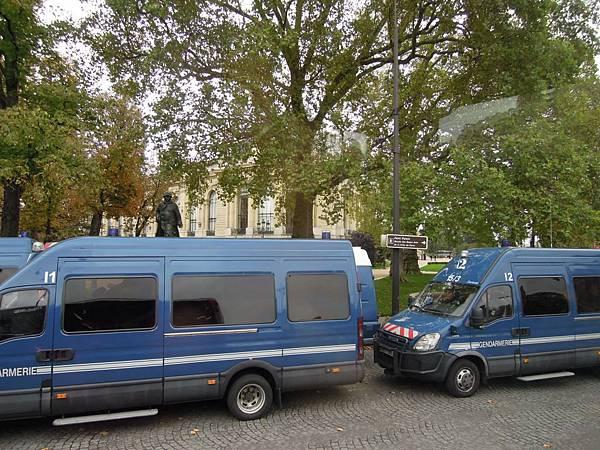 巴黎街道 (4).JPG