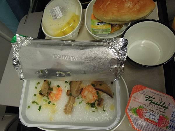 巴黎往香港的飛機餐 (5).JPG