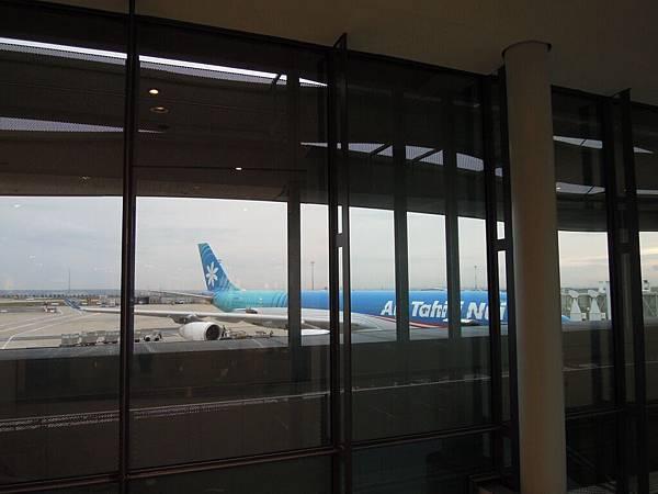 巴黎戴高樂機場 (2).JPG
