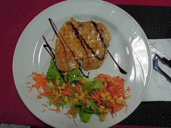 晚餐餐點 (4).JPG