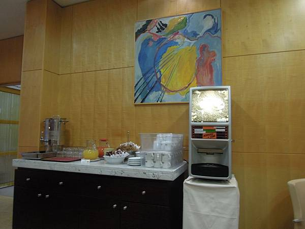 CROWNE PLAZA PADOVA飯店早餐 (2).JPG