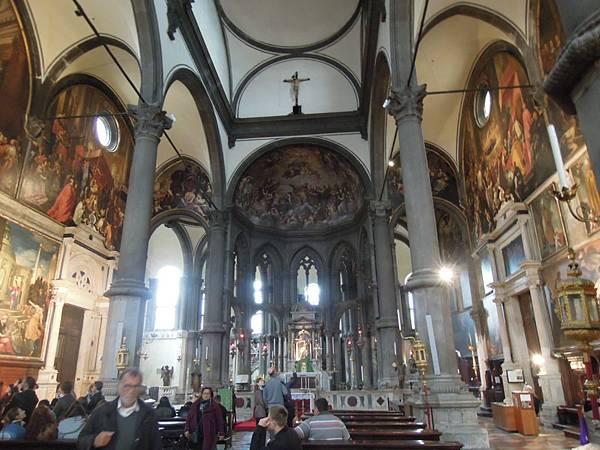 雷莉歐旁的教堂 (1).JPG
